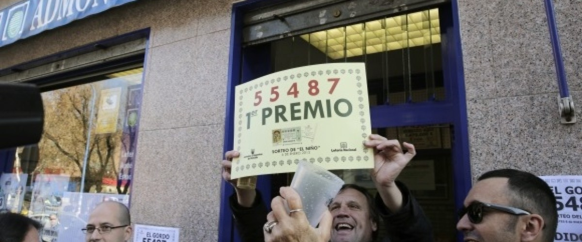 Spain's New Year El Niño Lottery spread €560 million among lottery players