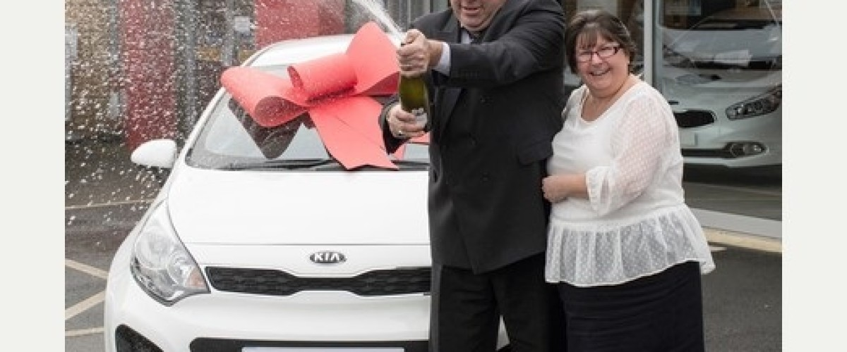 Car salesman buys wrong lottery ticket and wins EuroMillions prize!