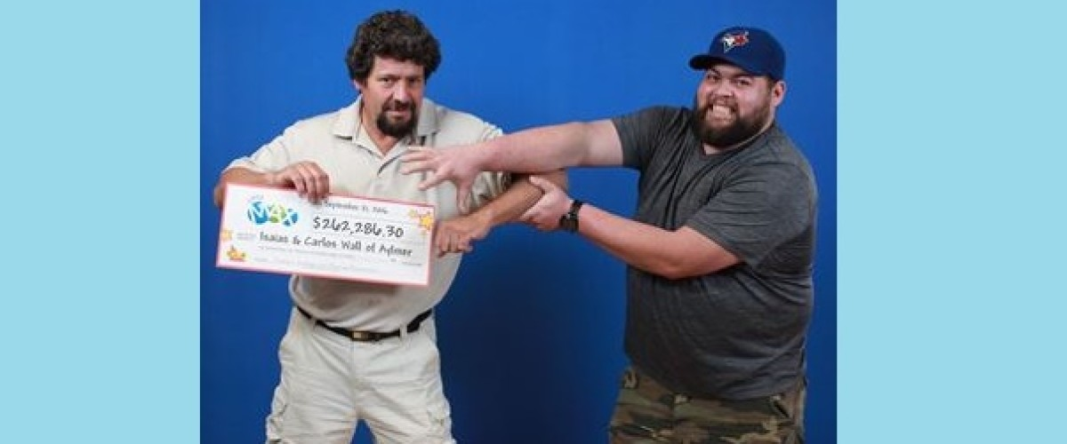 Ontario family win Canadian Lotto Max prize after spur of the moment decision to buy tickets