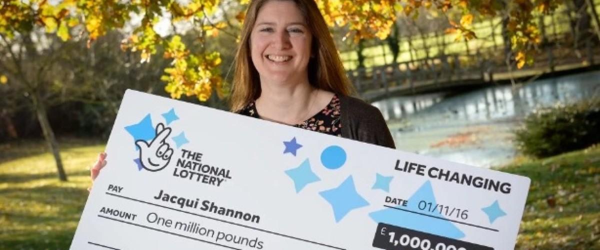 £1m EuroMillions winner took three weeks to check win