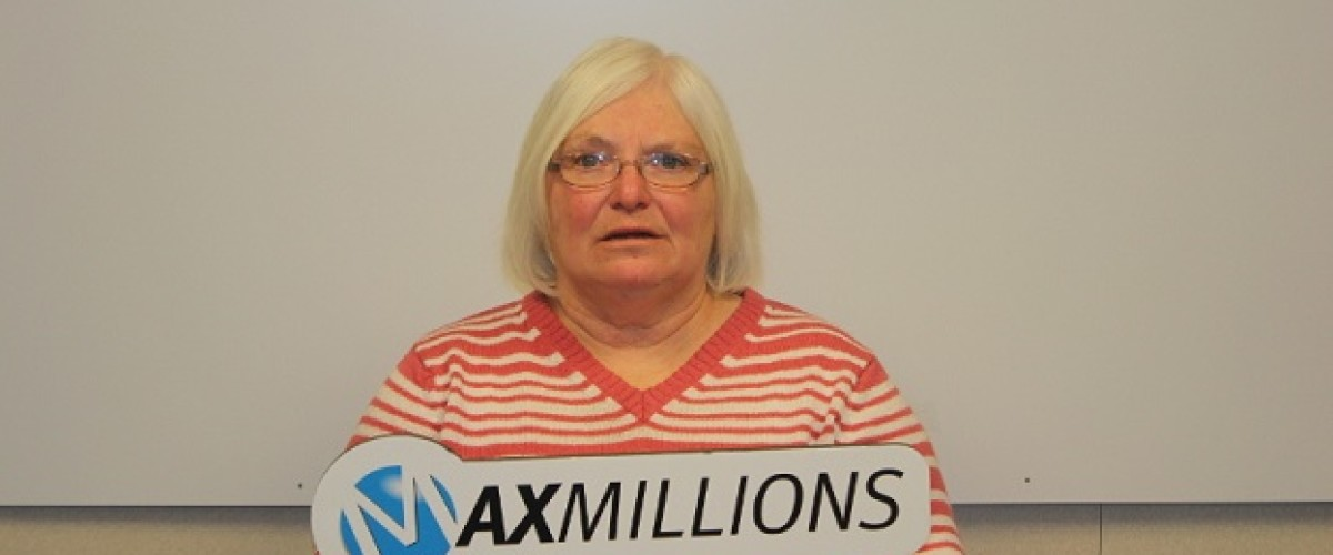 Calgary Lotto Max winner was shocked by size of number when she won $1 million