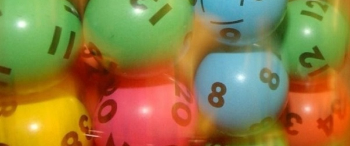 Farmers win the Australia Saturday Lotto instead of taking out loan