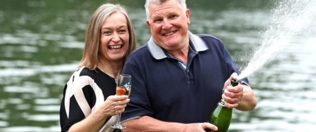 New pots and pans for £21m UK Lotto jackpot winners
