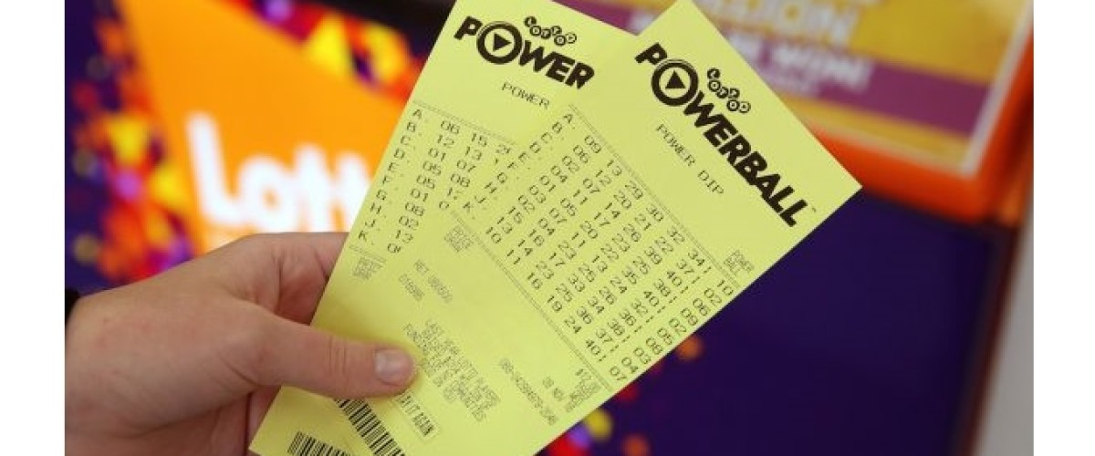 Staying in the Queue Leads to $12m New Zealand Powerball Jackpot