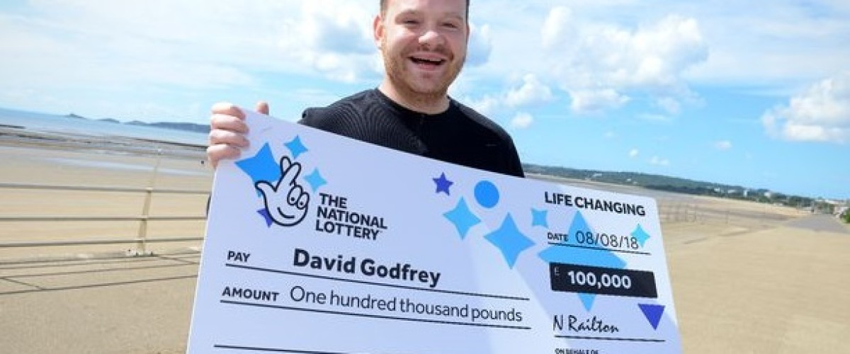 £100,000 National Lottery Scratchcard Winner to take his Mum on Holiday