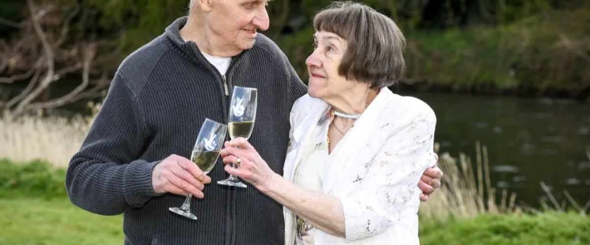 Forgotten Glasses Lead to £116,124 EuroMillions Win