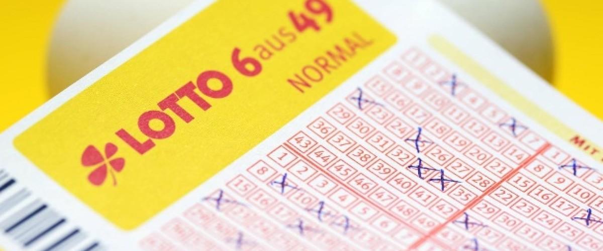 Lotto 6 aus 49 Jackpot Split Between Three Tickets