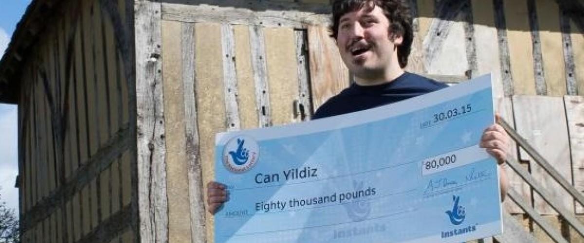 El rasca y gana Tetris hace rico a un joven de Londres