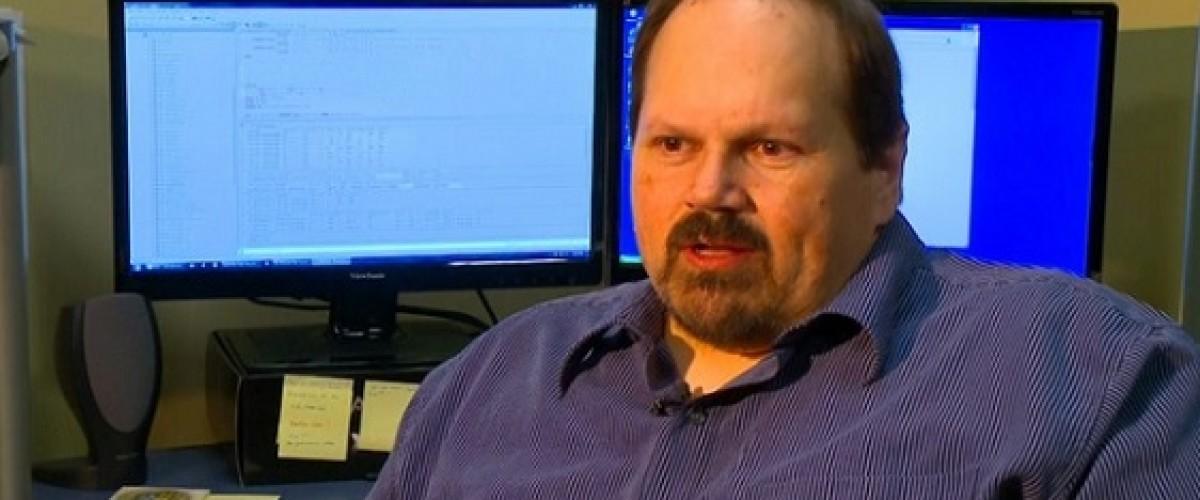 Acusan a un trabajador de la lotería de Iowa de manipular la Hot Lotto para ganar