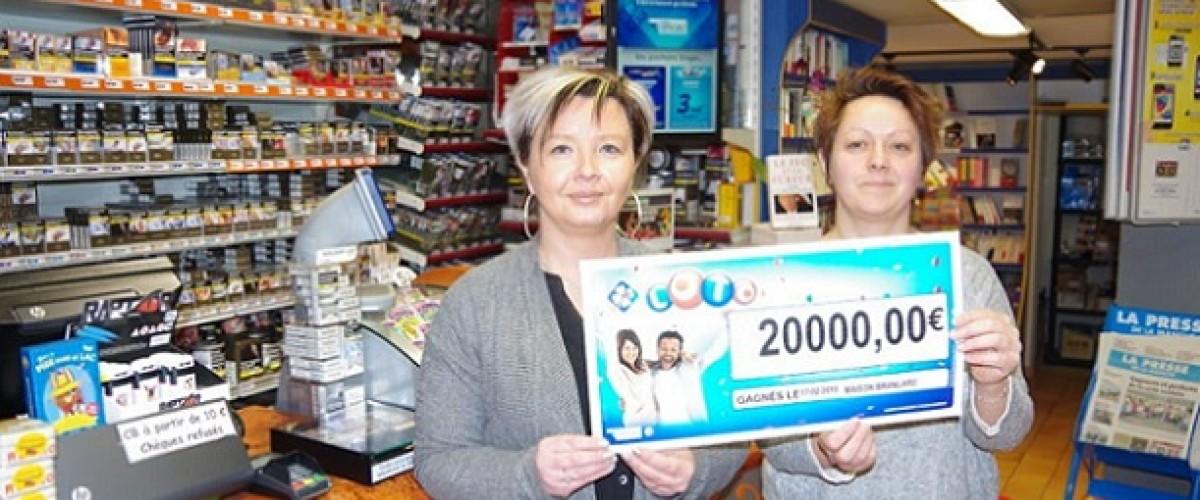 Loto : il découvre qu'il a gagné 20 000€ en voulant rejouer