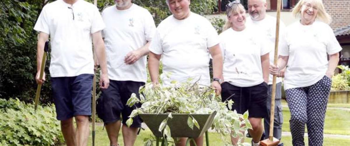 """""""Jardinières solidaires"""" : d'anciens gagnants de l'Euro Millions réinventent le printemps au temps du confinement"""