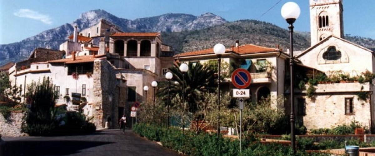 A Toirano (Savona) il jackpot con il gratta e vinci 10X ha regalato a uno sconosciuto residente 100 mila euro
