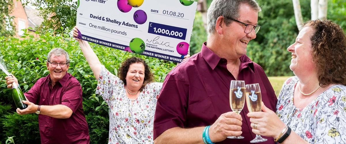 Dopo aver perso il lavoro, vince un milione all'UK Lotto