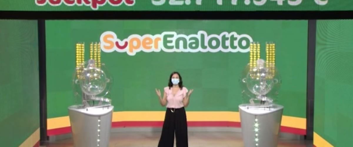 La prima estrazione di settembre al Superenalotto regala tre 'cinque' da 55 mila