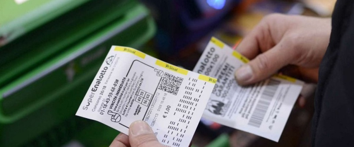 Superenalotto, cinque con un '5' vincono 33 mila euro l'8 settembre
