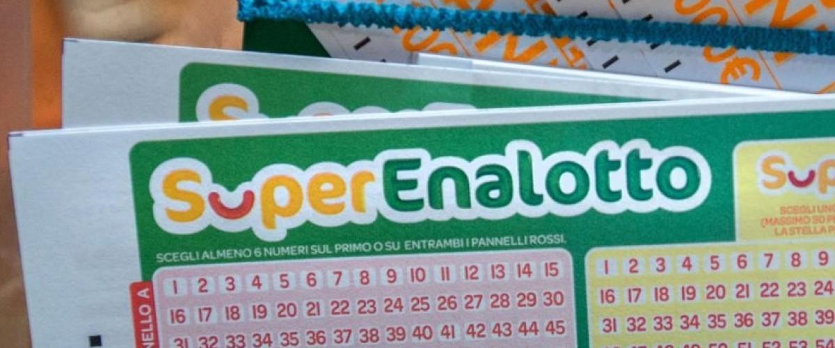 Superenalotto, 3 cinque da 54 mila le vincite più alte dell'8 ottobre