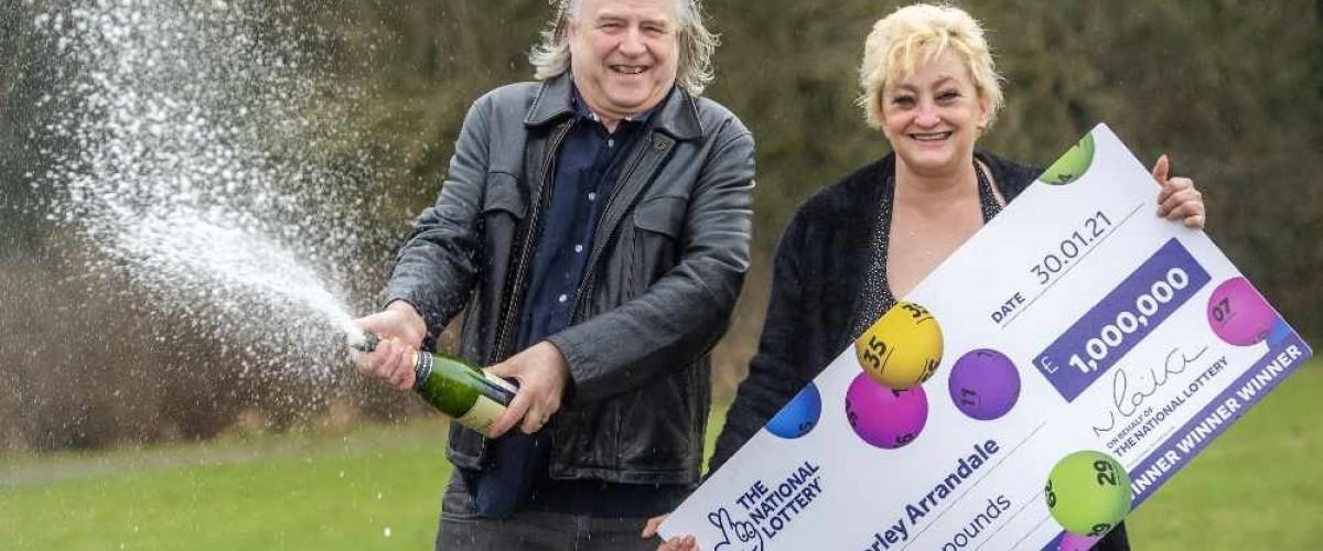 Donna di Manchester vince 1 milione di sterline al Lotto UK